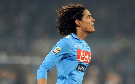 Napoli's Edinson Cavani admits to minor spat with coach Walter Mazzarri