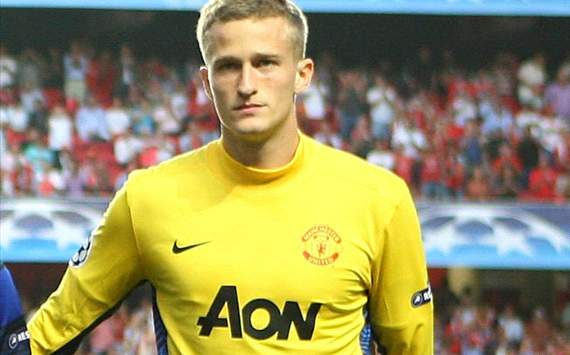 Lindegaard will get his chance, says Manchester United goalkeeping coach Steele