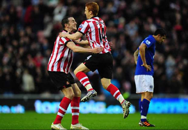 Sunderland defender John O'Shea wary of Manchester City threat but is adamant 'we shouldn't be scared of anyone'