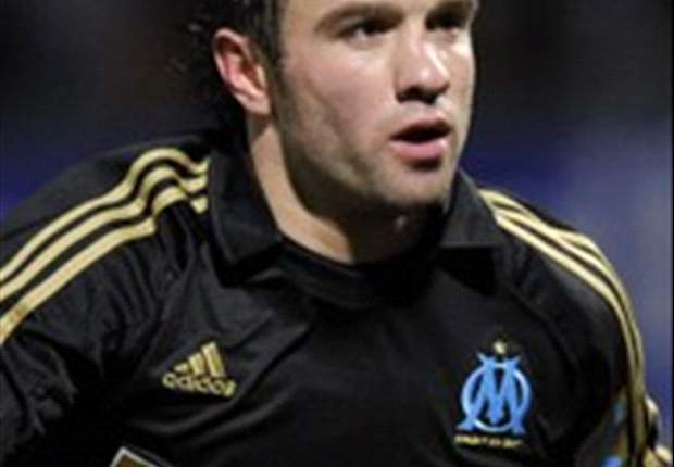 Tottenham target Mathieu Valbuena will stay at Marseille - agent