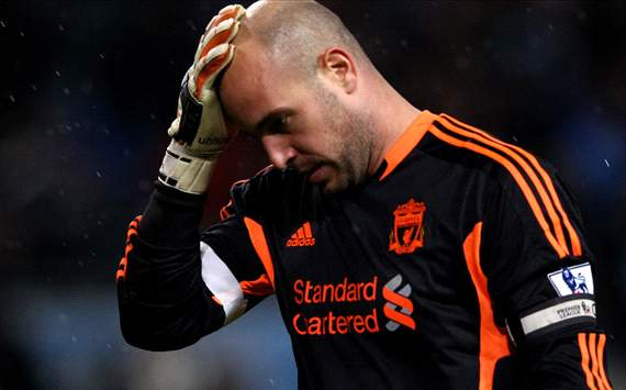 Rodgers challenges Reina to rediscover Liverpool form