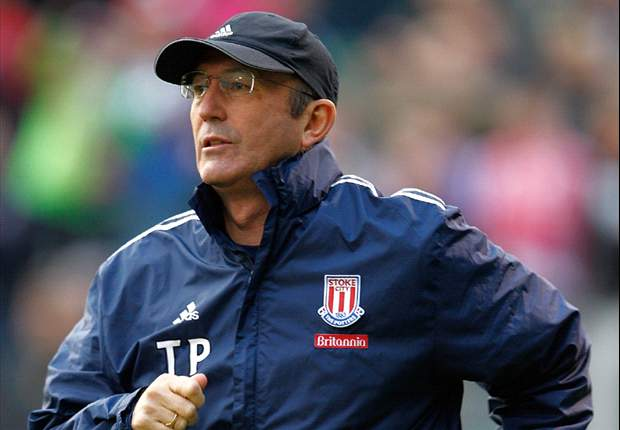 Stoke City boss Pulis urges attacking improvement