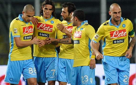 Inler, Cavani, Dossena, Gargano, Cannavaro - Palermo-Napoli - Serie A (Getty Images)