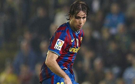 Maxwell sends best wishes to Abidal