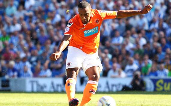 Wigan Athletic Kesulitan Daratkan Matt Phillips