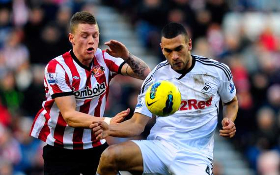 Sunderland manager O'Neill urges Wickham to be more aggressive
