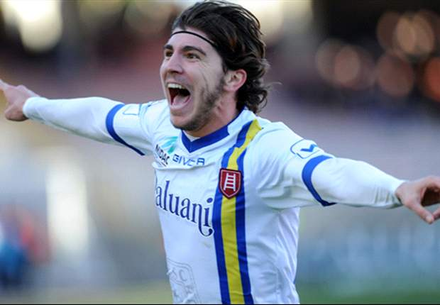Chievo sign Paloschi on loan from AC Milan