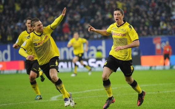 German Bundesliga: Hamburger SV - Borussia Dortmund, Lukasz Piszczek, Robert Lewandowski