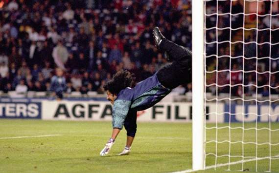 Higuita reveals inspiration behind famous 'scorpion kick' save at Wembley