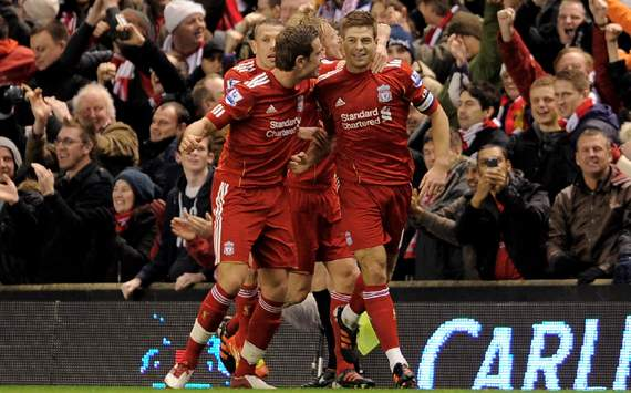 Carling Cup - Liverpool v Manchester City, Steven Gerrard, Jordan Henderson and Craig Bellamy