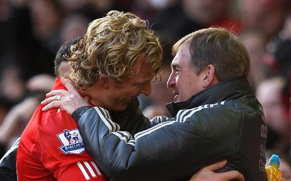 FA Cup - Liverpool v Manchester United, Kenny Dalglish and Dirk Kuyt