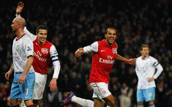 Arsenal yet to reach an agreement with Walcott as talks continue