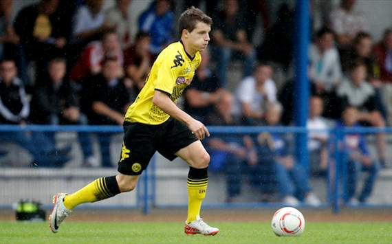 Der FC Arsenal schnappt sich Talent Thomas Eisfeld von Borussia Dortmund
