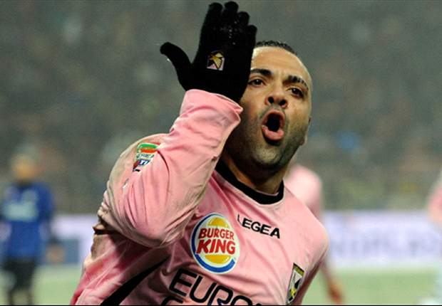 Al Nasr deny contact with Palermo's Miccoli