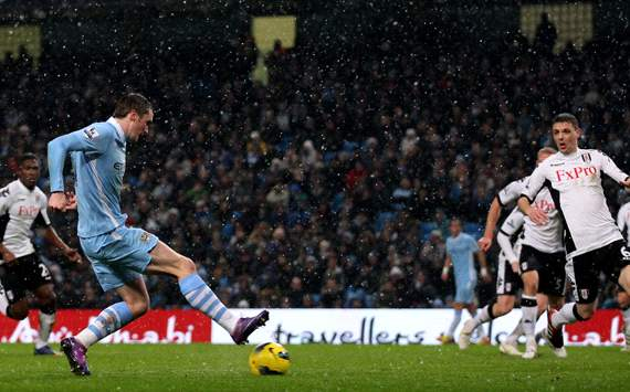 EPL: Adam Johnson - Chris Baird, Manchester City v Fulham