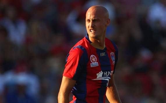Ruben Zadkovich pens new Jets deal