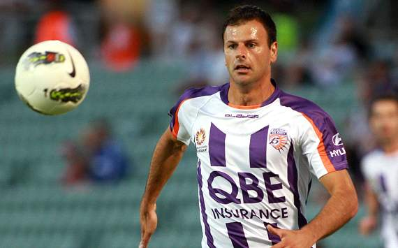 Central Coast Mariners snap up ex-Socceroo Mile Sterjovski