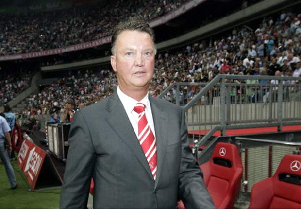 Liverpool target Van Gaal or Cruyff as Comolli replacement - report