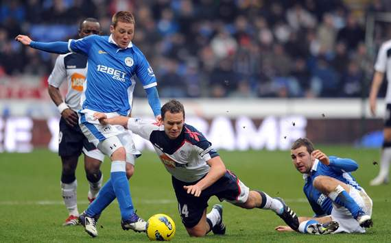 EPL - Bolton Wanderers v Wigan Athletic, Kevin Davies, James McCarthy and James McArthur