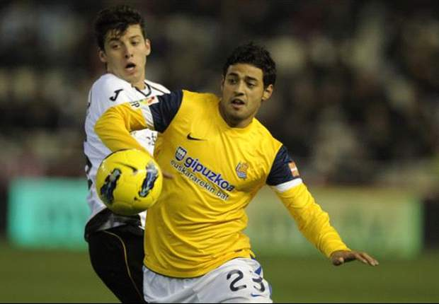 Real Sociedad negotiating with Arsenal over Carlos Vela sale
