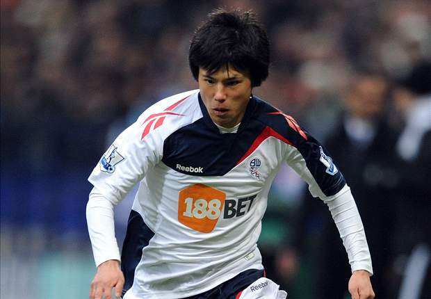 Coyle moves to bring Miyaichi back on loan to Bolton as international debut awaits