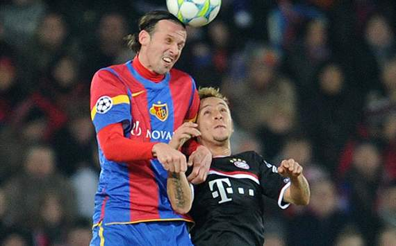 FC Basel 1893 v FC Bayern Muenchen - UEFA Champions, Marco Streller; Rafinha