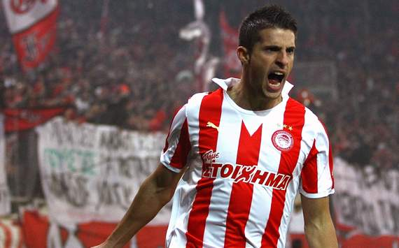 Mirallas joins Everton on four-year deal from Olympiakos