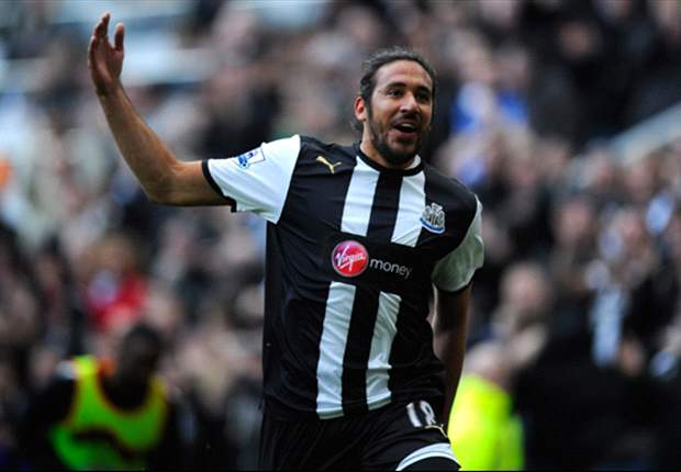 I understand why Carlos Tevez can't settle in England - Newcastle midfielder Jonas Gutierrez