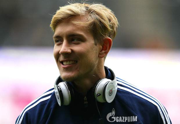 "Premier League clubs make ""concrete offers"" for Schalke star Holtby - Heldt"