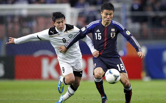 Japan's Yasuyuki Konno and Uzbekistan's Aleksandr Shadrin