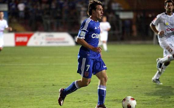 Manchester United sign Universidad de Chile striker Angelo Henriquez