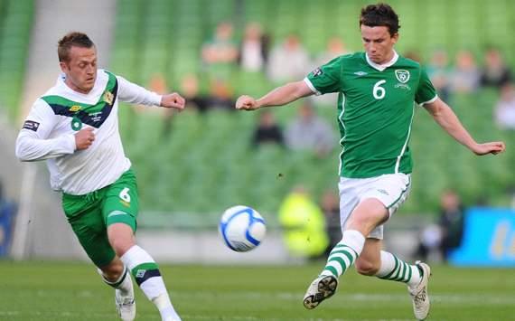 Carling Nations Cup : Kevin Foley - Sammy Clingan, Republic of Ireland v Northern Ireland