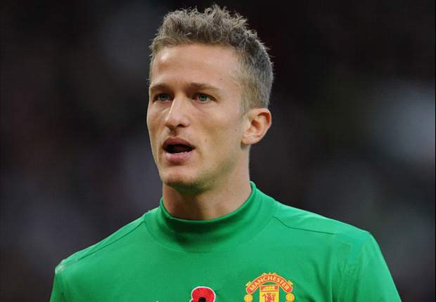 Lindegaard eyes starting berth at Manchester United