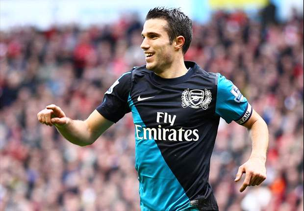 Van Persie's Arsenal future will be decided before Euro 2012, says Wenger