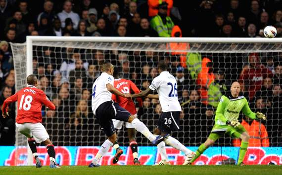 EPL: Ashley Young - Brad Friedel, Tottenham Hotspur v Manchester United