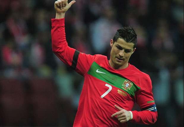 Madrid's Pepe: Don't put too much pressure on Cristiano Ronaldo at Euro 2012