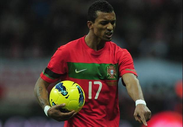 Nani defends Cristiano Ronaldo: Everyone misses chances