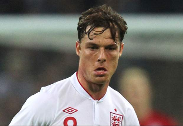 Scott Parker 'runs around like a headless chicken' - Paul Parker