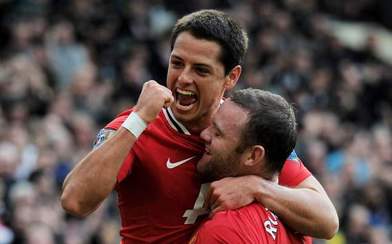 EPL - Manchester United v West Bromwich Albion, Wayne Rooney and Javier Hernandez