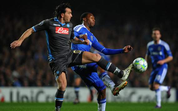 UEFA Champions League : Daniel Sturridge - Salvatore Aronica, Chelsea FC v SSC Napoli