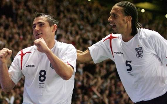 كامبل: استبعاد فرديناند من تشكيلة إنجلترا ليس له علاقة بكرة القدم