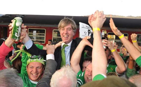 Football Association of Ireland praises fans after Euro 2012 elimination