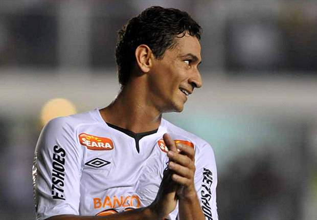 Ganso keen to remain at Santos