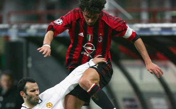 Giggs vs Maldini - football's greatest ever one-club stars