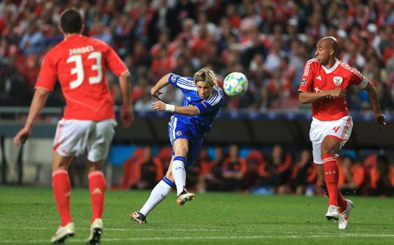 UEFA Champions League: Fernando Torres, SL Benfica v Chelsea
