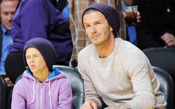 In Pictures: David Beckham takes son Romeo to LA Lakers ...