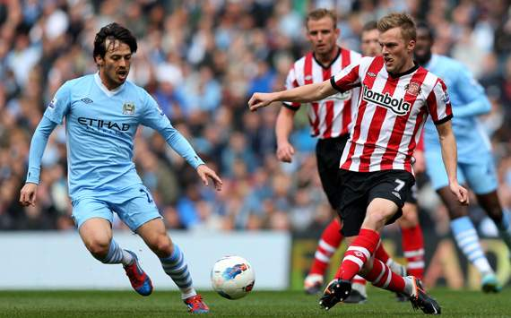 EPL. Manchester City v Sunderland, Filename:     David Silva; Sebastian Larsson, David Silva; Sebastian Larsson