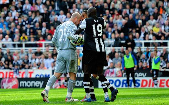 EPL: Pepe Reina - James Perch, Newcastle United v Liverpool
