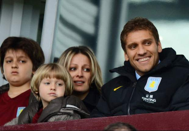 Aston Villa captain Petrov 'grateful' for support in leukaemia battle