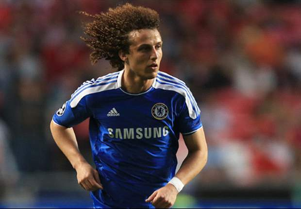 Chelsea descarta oferta do City por David Luiz